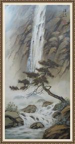 Сосна у водопада