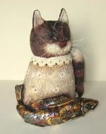 Котик с рыбкой золотой